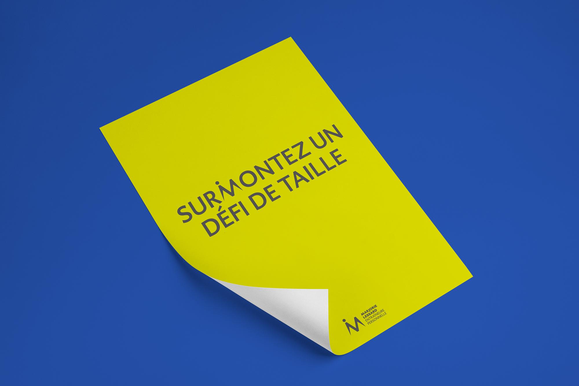 affiche typographique «Surmontez un défi de taille»