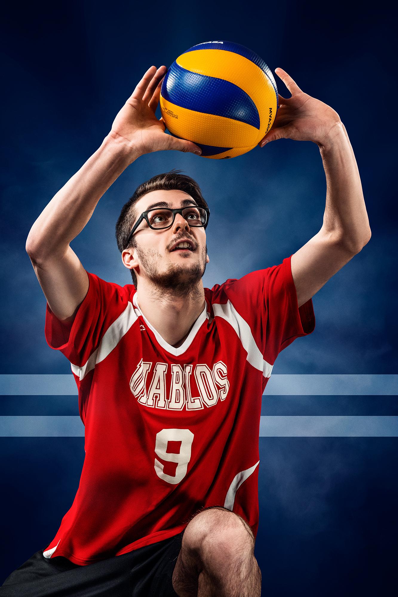 joueur volleyball en action